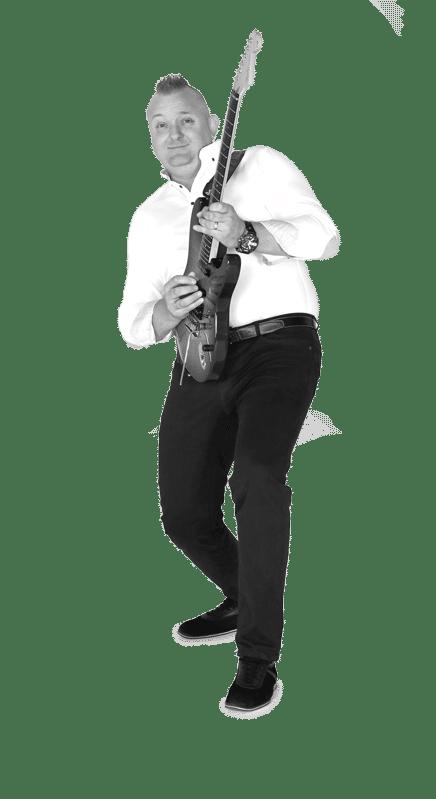 Mario Ježić gitara/vokal